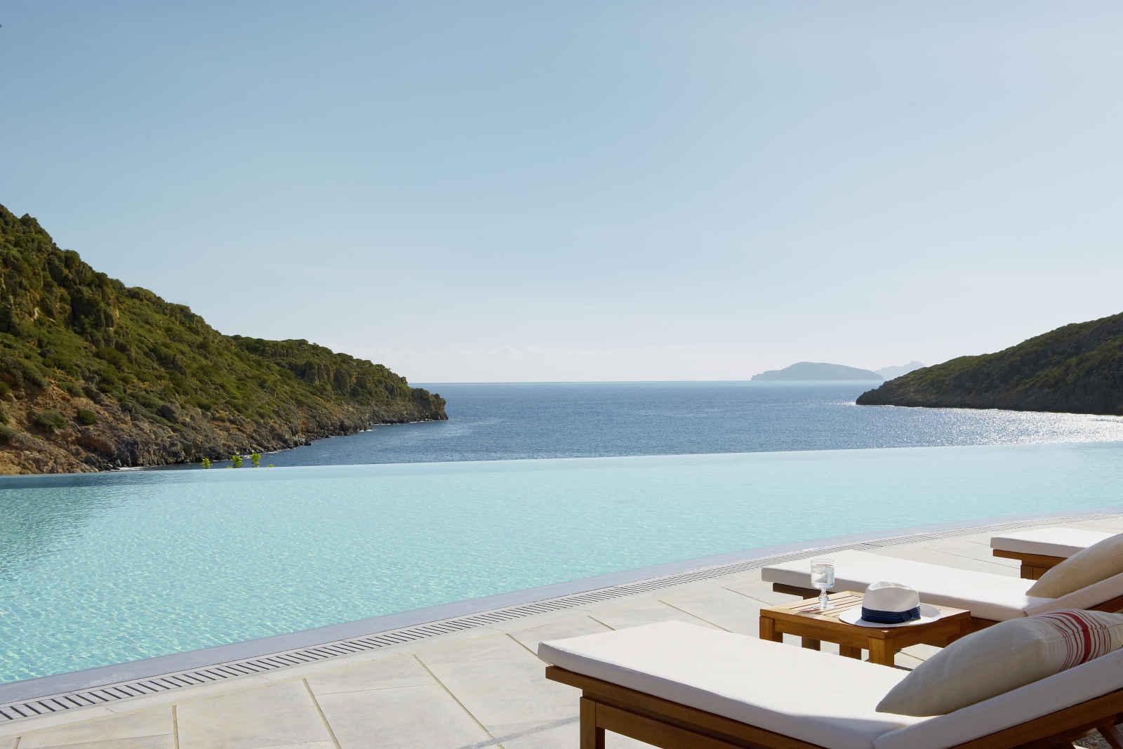 Daios Cove Luxury Resort & Villas - 5*