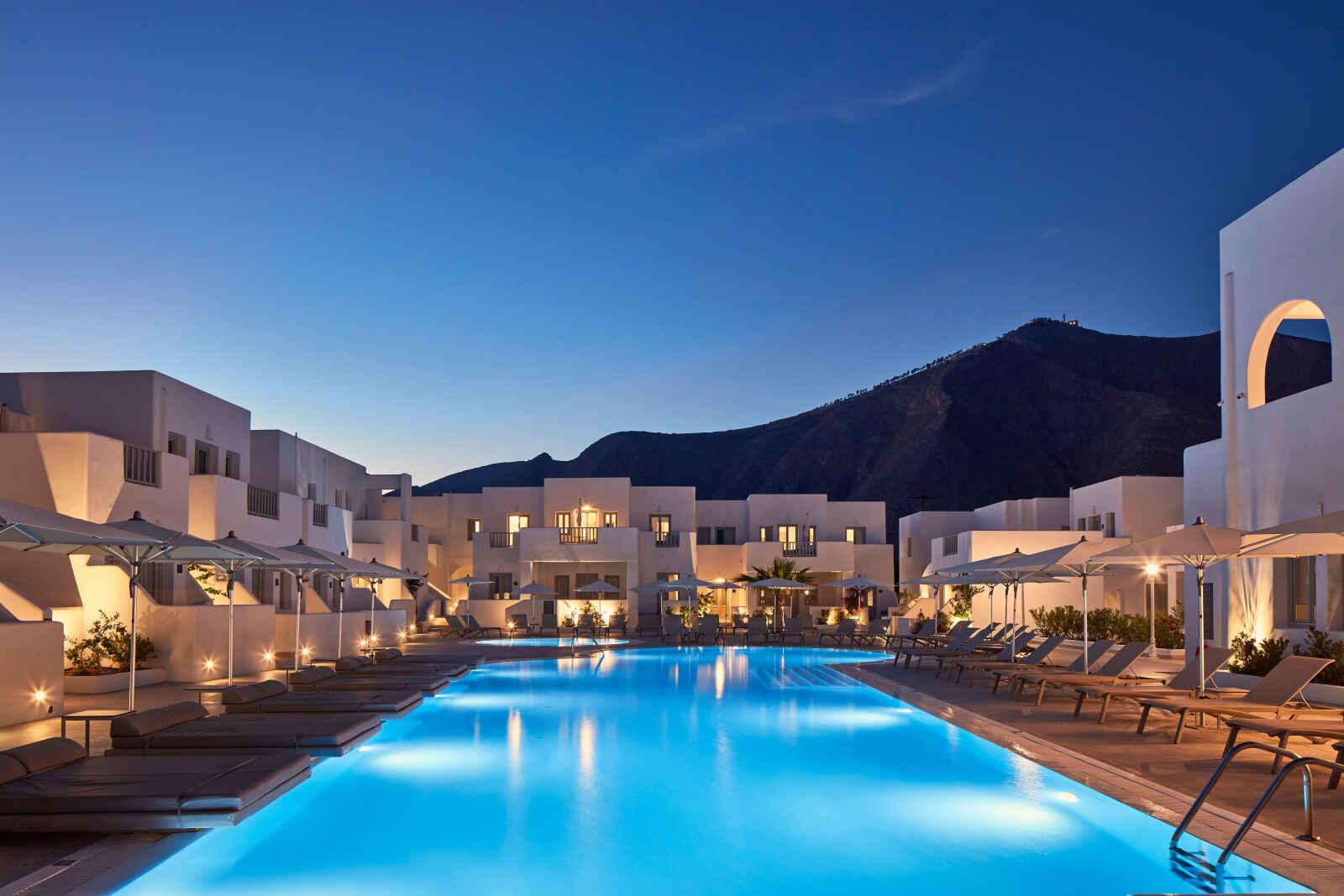Aqua Blue Hotel - 5*